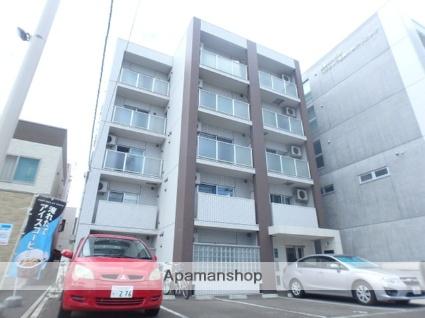 北海道札幌市北区、北24条駅徒歩4分の築8年 5階建の賃貸マンション