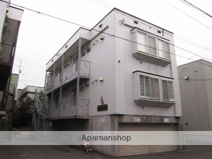 北海道札幌市北区、麻生駅徒歩14分の築22年 3階建の賃貸アパート