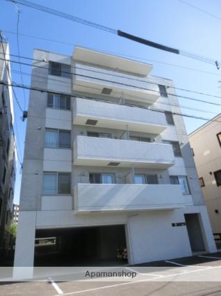 北海道札幌市北区、北24条駅徒歩8分の築3年 5階建の賃貸マンション