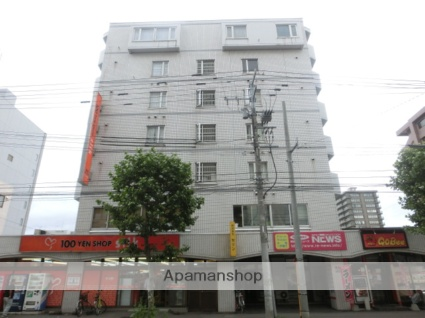 北海道札幌市北区、札幌駅徒歩8分の築31年 7階建の賃貸マンション