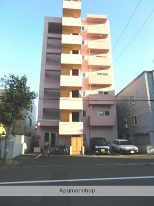 北海道札幌市北区、北24条駅徒歩10分の築11年 7階建の賃貸マンション