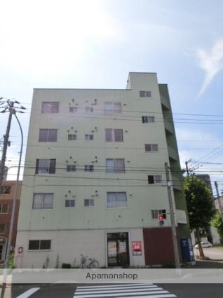 北海道札幌市北区、北18条駅徒歩9分の築37年 5階建の賃貸マンション