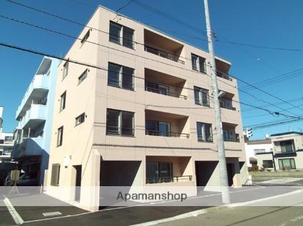 北海道札幌市北区、新川駅徒歩13分の築2年 4階建の賃貸マンション