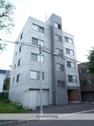 北海道札幌市北区、北24条駅徒歩10分の築9年 5階建の賃貸マンション
