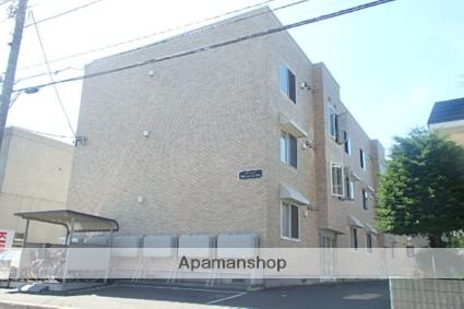 北海道札幌市北区、八軒駅徒歩13分の築11年 3階建の賃貸アパート