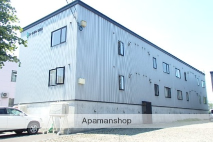 北海道札幌市北区、北24条駅中央バスバス15分新川西2−4下車後徒歩1分の築12年 3階建の賃貸アパート