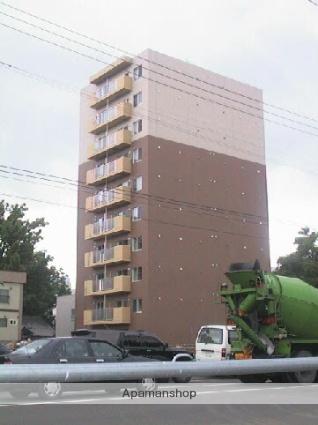 北海道札幌市東区、札幌駅徒歩12分の築13年 10階建の賃貸マンション