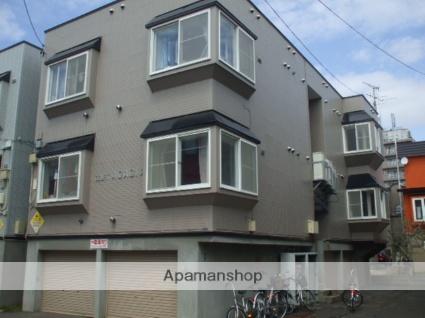 北海道札幌市東区、環状通東駅徒歩15分の築22年 3階建の賃貸アパート