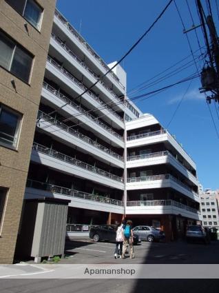 北海道札幌市中央区、札幌駅徒歩6分の築32年 8階建の賃貸マンション