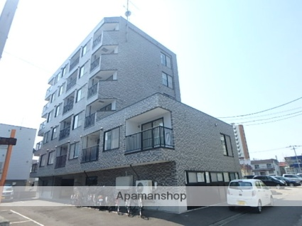 北海道札幌市北区、麻生駅徒歩14分の築18年 6階建の賃貸マンション