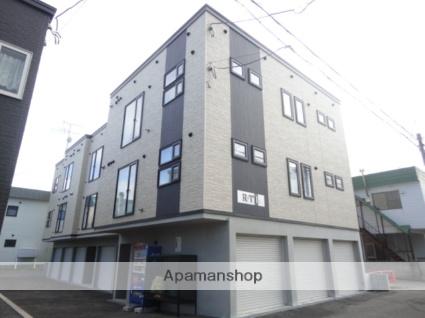 北海道札幌市東区、環状通東駅徒歩9分の築7年 3階建の賃貸アパート