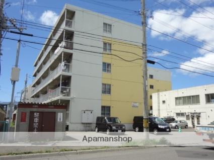 北海道札幌市東区、新道東駅徒歩17分の築31年 5階建の賃貸マンション
