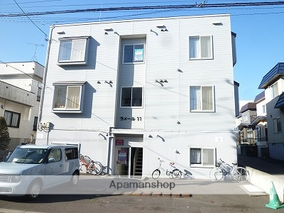 北海道札幌市東区、環状通東駅徒歩8分の築19年 3階建の賃貸アパート