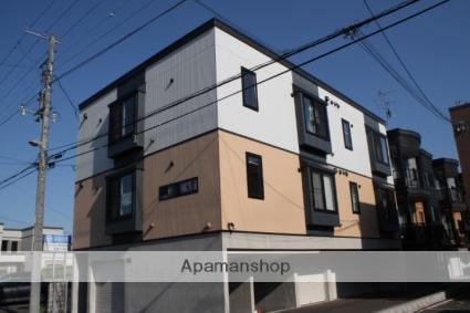 北海道札幌市東区、新琴似駅徒歩18分の築8年 3階建の賃貸アパート