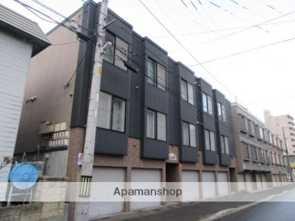 北海道札幌市北区、新琴似駅徒歩9分の築19年 3階建の賃貸アパート