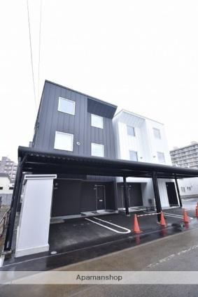 北海道札幌市北区、八軒駅徒歩14分の新築 3階建の賃貸テラスハウス