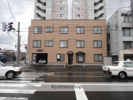 北海道札幌市東区、環状通東駅徒歩9分の築13年 3階建の賃貸マンション