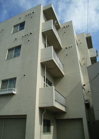 北海道札幌市中央区、琴似駅徒歩16分の築28年 4階建の賃貸マンション