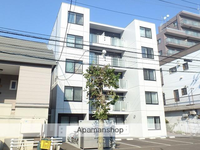 北海道札幌市北区、北24条駅徒歩7分の築3年 5階建の賃貸マンション