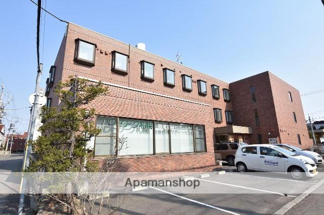 北海道札幌市中央区、西線9条旭山公園通駅徒歩6分の築12年 3階建の賃貸マンション
