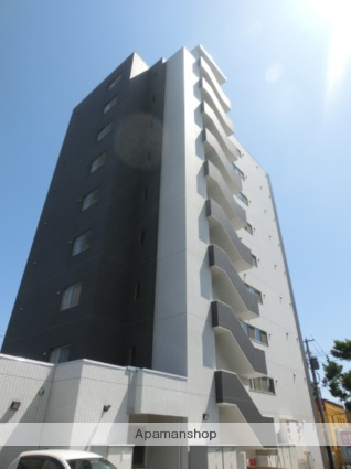 北海道札幌市南区、真駒内駅じょうてつバスバス12分藻岩小学校前下車後徒歩1分の築9年 10階建の賃貸マンション