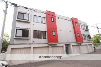 北海道札幌市白石区、東札幌駅徒歩18分の築12年 3階建の賃貸アパート