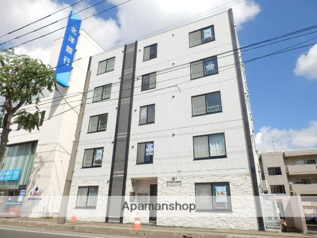 北海道札幌市豊平区、菊水駅徒歩13分の築4年 5階建の賃貸マンション