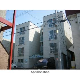北海道札幌市中央区、幌平橋駅徒歩14分の築30年 4階建の賃貸アパート
