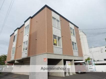 北海道札幌市中央区、西線14条駅徒歩8分の築14年 3階建の賃貸アパート