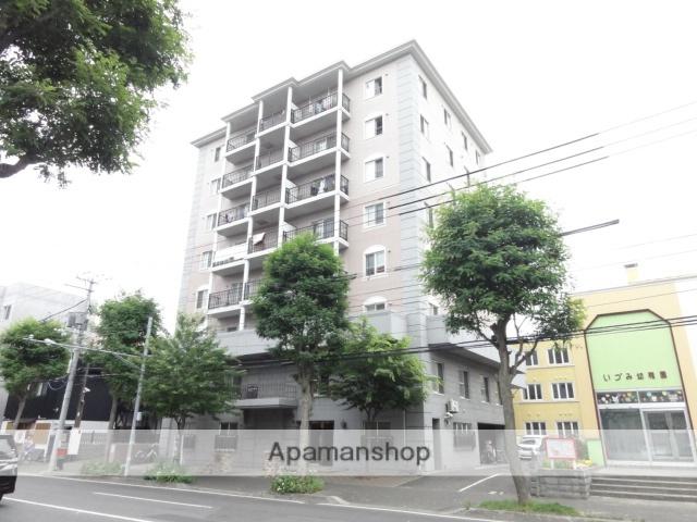 北海道札幌市中央区、中島公園駅徒歩20分の築13年 8階建の賃貸マンション