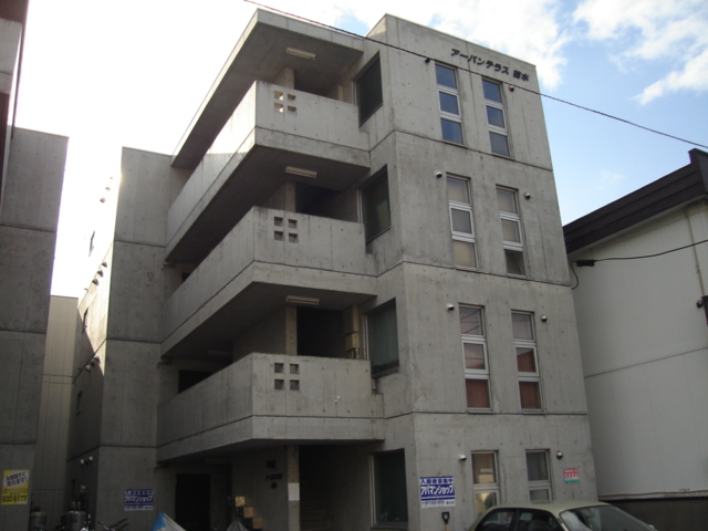 北海道札幌市白石区、苗穂駅徒歩15分の築17年 4階建の賃貸マンション