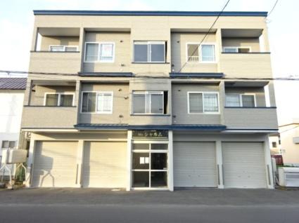 北海道石狩市、手稲駅中央バスバス27分花川北1−2下車後徒歩6分の築17年 3階建の賃貸アパート
