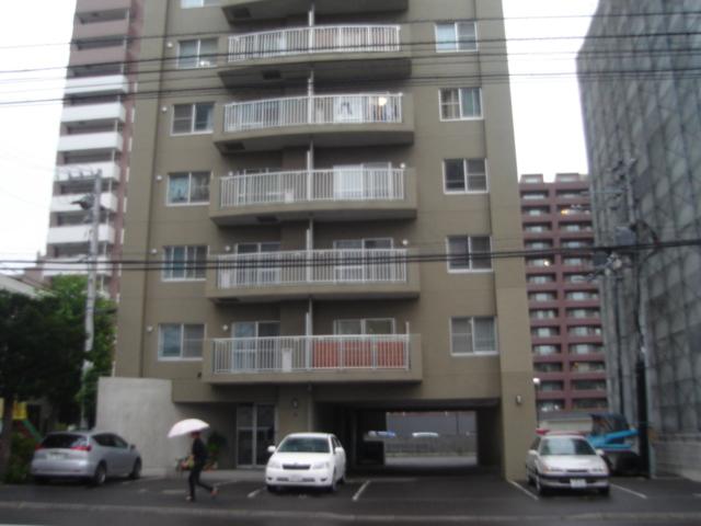 北海道札幌市中央区、二十四軒駅徒歩15分の築20年 11階建の賃貸マンション
