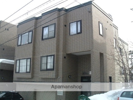 北海道札幌市中央区、西28丁目駅徒歩10分の築18年 3階建の賃貸アパート