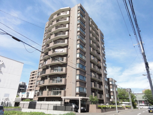 北海道札幌市中央区、円山公園駅徒歩8分の築24年 11階建の賃貸マンション