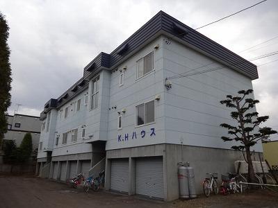 北海道札幌市西区、発寒南駅徒歩22分の築26年 3階建の賃貸アパート