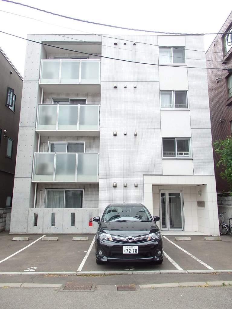 北海道札幌市中央区、二十四軒駅徒歩16分の築8年 4階建の賃貸マンション