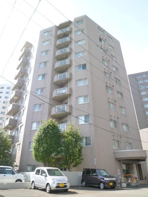 北海道札幌市西区、琴似駅徒歩7分の築28年 10階建の賃貸マンション
