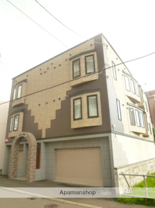 北海道札幌市中央区、東屯田通駅徒歩4分の築11年 3階建の賃貸アパート