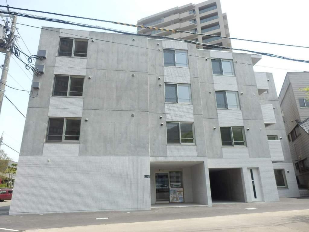 北海道札幌市中央区、西線16条駅徒歩5分の築4年 4階建の賃貸マンション