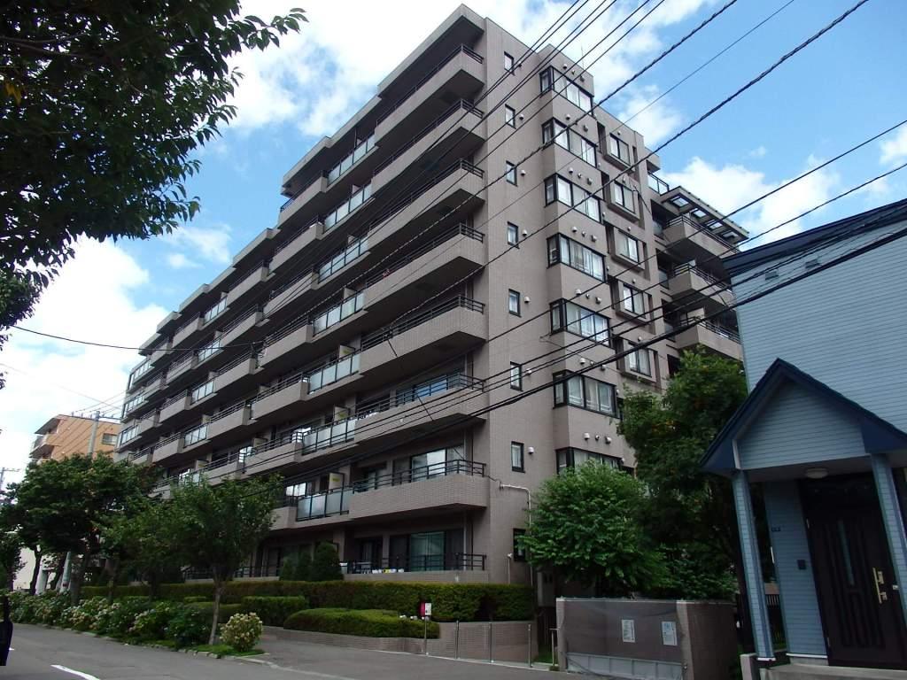北海道札幌市中央区、西28丁目駅徒歩12分の築24年 8階建の賃貸マンション