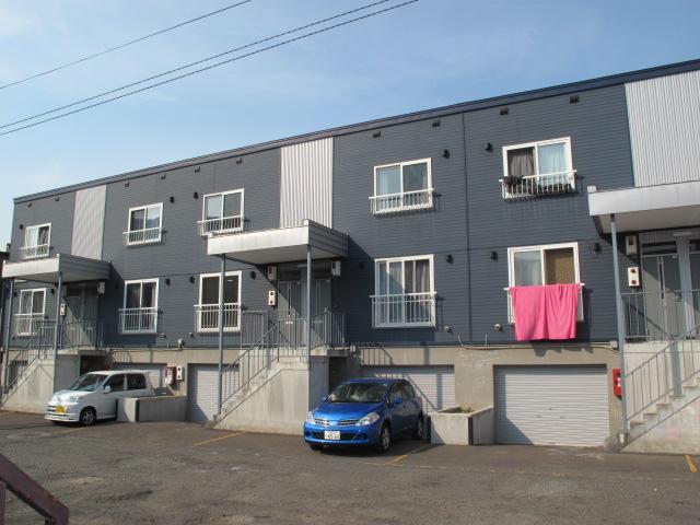 北海道札幌市手稲区、宮の沢駅徒歩19分の築12年 2階建の賃貸アパート
