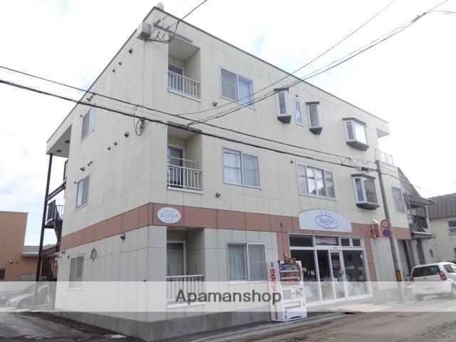 北海道函館市、深堀町駅徒歩10分の築15年 3階建の賃貸アパート