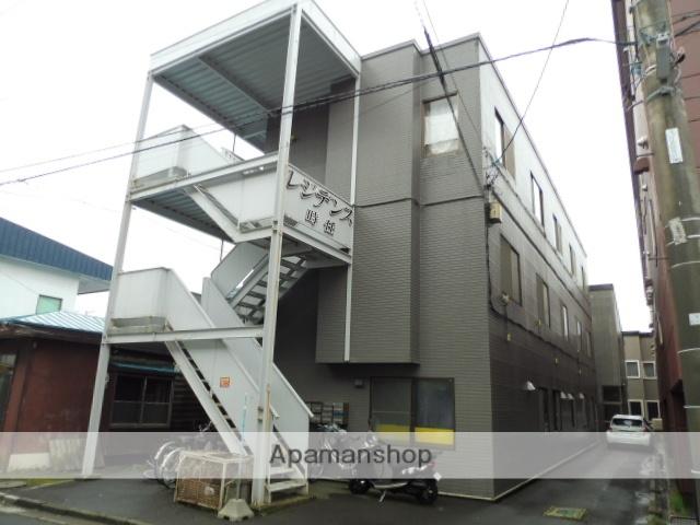北海道函館市、五稜郭公園前駅徒歩8分の築36年 3階建の賃貸アパート