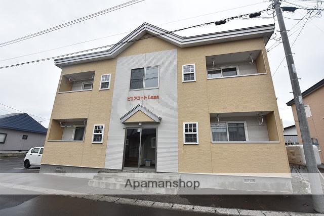 北海道北斗市の築8年 2階建の賃貸アパート