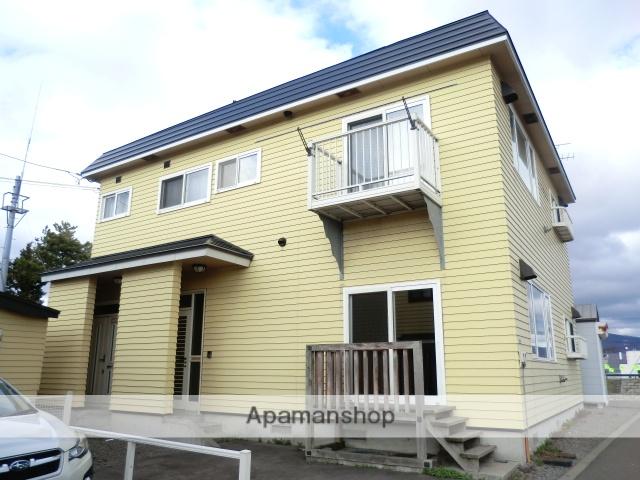 北海道北斗市の築14年 2階建の賃貸アパート