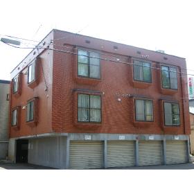 北海道札幌市豊平区、学園前駅徒歩15分の築22年 3階建の賃貸アパート