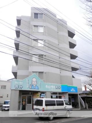 北海道札幌市豊平区、南郷7丁目駅徒歩7分の築28年 6階建の賃貸マンション