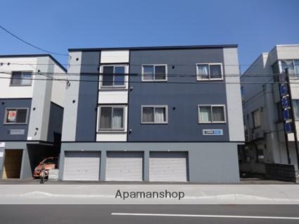 北海道札幌市中央区、桑園駅徒歩12分の築9年 3階建の賃貸アパート