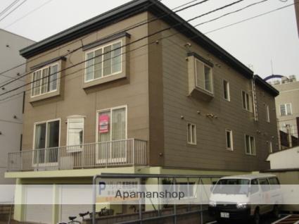 北海道札幌市中央区、西11丁目駅徒歩8分の築25年 3階建の賃貸アパート